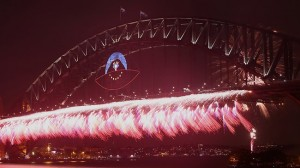 794295-sydney-new-years-fireworks